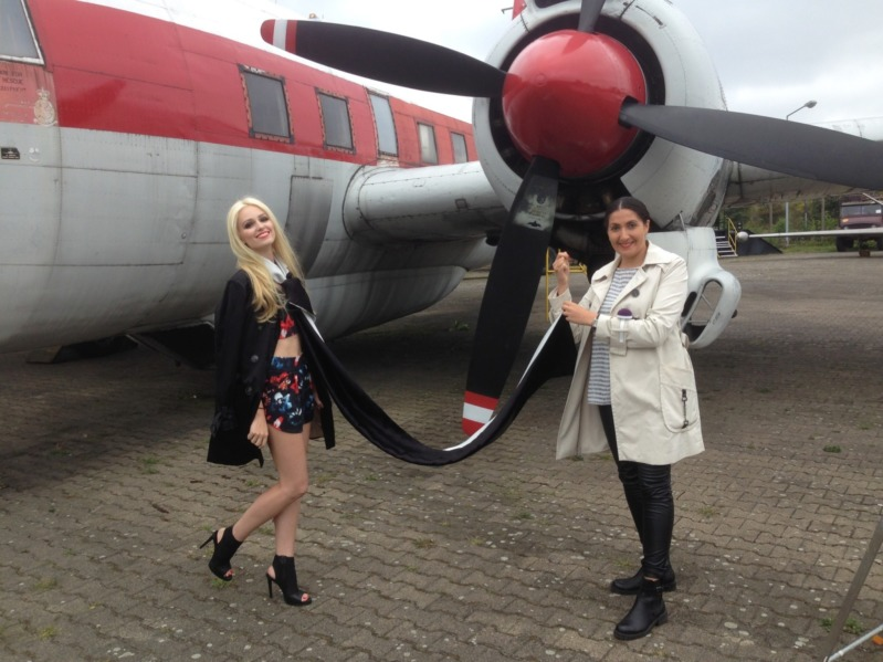 Diana Laptschenko & Anna Krukover - Berlin Flugzeug Museum